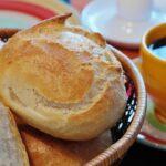 "【BASE FOOD】高タンパク・完全栄養食の""BASE BREAD""が筋トレの間食におすすめな理由!"
